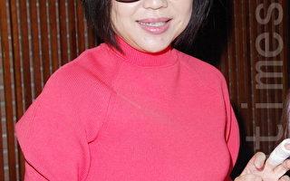 于美人戴墨镜包纱布 全是因为伤