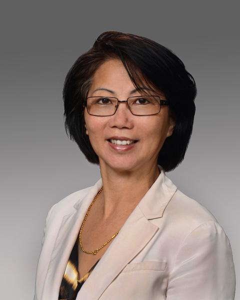 麻省广东银行(Bank of Canton)商业发展和客户服务代表玛格莉特‧董女士(Margaret Tung)(麻省广东银行提供)
