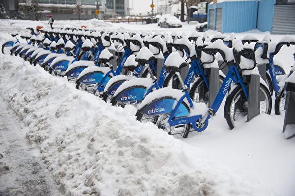 紐約經歷今年最大雪 (戴兵/大紀元)