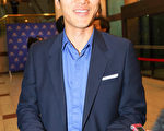 韩国文化交流中心响器组组长、舞蹈学博士杨汉在欣赏了神韵演出后激动地表示,从头到尾都深受感动,想报名加入神韵艺术团。(金国焕/大纪元)