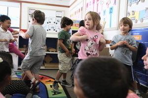 美四岁男孩通灵 研究:年龄越小超能力越强