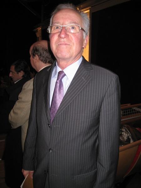 商人Hann Drayer于3月11日晚观看了美国神韵世界艺术团在日内瓦的第一场演出,表示十分感动。(张妮/大纪元)