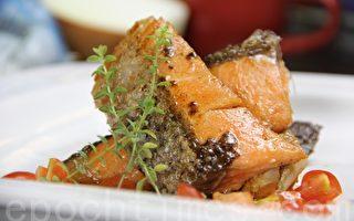 【舞動味蕾】嫩煎鮭魚佐檸檬奶油