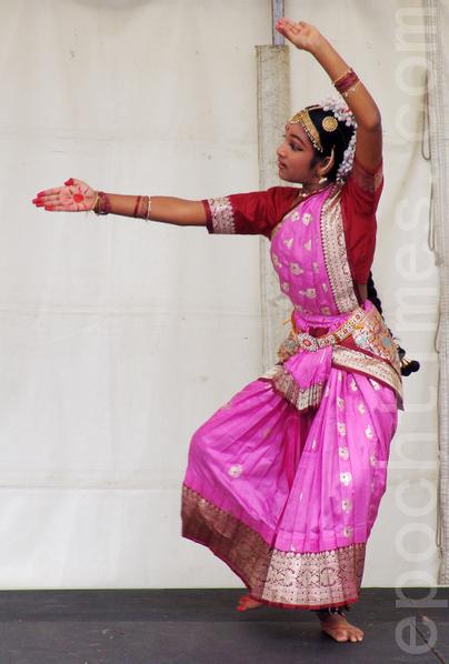印度舞 (攝影:陳明 / 大紀元)