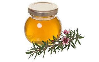 春暖花开的时节也是流行病泛滥、各种过敏症频发的季节。咳嗽是最常见的症状之一。一些天然饮品的止咳效果甚至超过药店常见的止咳药。(大纪元资料库图片)
