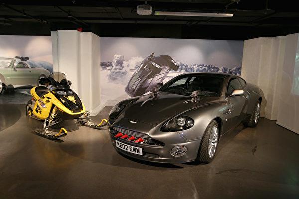在知名諜戰影片007系列中亮過相的道具,近日一同在英國倫敦電影博物館中展出。(Chris Jackson/Getty Images for London Film Museum)