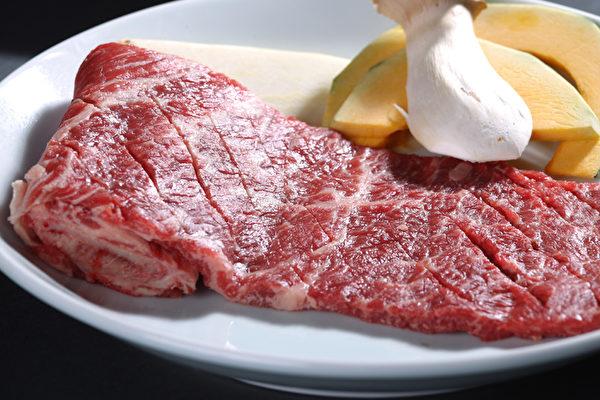 特等鲜牛肉。(张学慧/大纪元)