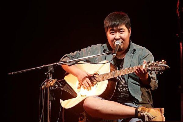 音乐节演出被取消 歌手宋冬野喊话求放条生路