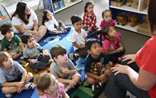 研究:美亚裔学生在各族群中表现最优秀