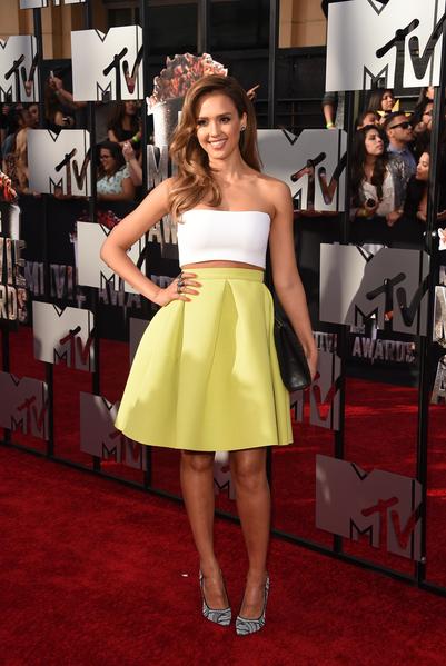 2014年4月13日,杰西卡•阿芭出席MTV电影奖颁奖典礼。(Jason Merritt/Getty Images for MTV)