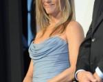 2013年9月,詹妮弗•安妮斯顿在多伦多国际电影节。(Jag Gundu/Getty Images)