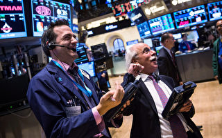 經濟數據向好 美股標普500再創新高