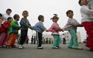 华邮:中国非正常人口结构成全球风险