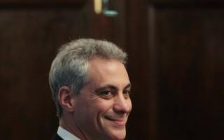 2013年市長伊曼紐都收了甚麼禮物