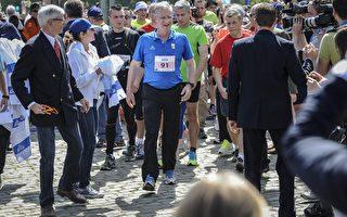 """比利时国王参加""""马拉松"""" 王室现场助威"""
