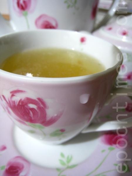 夏天到喝杯蜂蜜檸檬汁,消暑又美顏!(攝影:楊美琴/大紀元)