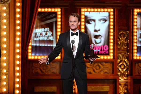 最佳音乐剧男主角尼尔•帕特里克•哈里斯。(Theo Wargo/Getty Images for Tony Awards Productions)