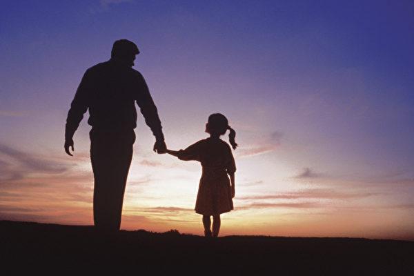皇甫容:感恩父亲的穷养与富养