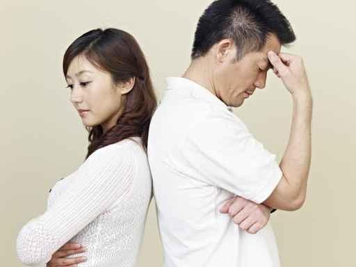 """在这些烦恼问题中,""""感情""""的烦恼排在第一。数据显示,有110万人因""""夫妻如何相处""""而烦恼,紧随其后的是""""跟婆婆关系不好怎么办""""、""""两人在一起父母反对怎么办""""等等,前十大""""烦恼""""几乎全跟情感有关。 (fotolia)"""