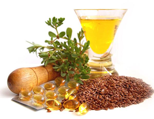 亚麻籽与亚麻籽油富含omega-3脂肪酸能降低发炎。(fotolia)