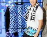 吳克羣7月12日為自創品牌「DEBRAND」店面開幕。(華納音樂提供)