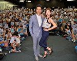 郭雪芙(右)與劉以豪最近演出華劇《喜歡‧一個人》,於7月13日特別舉辦雜誌見面會。(三立提供)