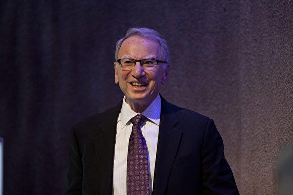 高通(Qualcomm)创办人艾文‧雅各布(Irwin Jacob)夫妇已捐出5亿美元。(Getty Images)