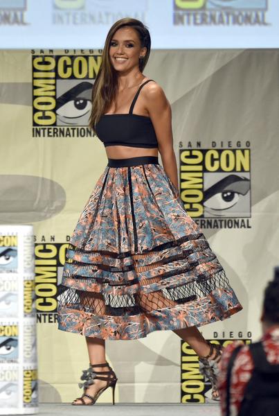 杰西卡·阿芭出席《罪恶之城2》(又译:万恶城市2)宣传会。(evin Winter/Getty Images)
