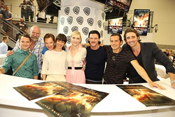 华纳兄弟《霍比特人:五军之战》卡司出席宣传会。(Chris Frawley/Warner Bros. Entertainment Inc. via Getty Images)