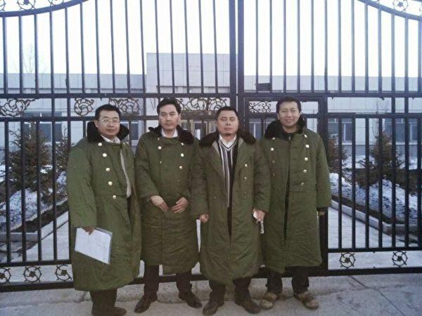 為法輪功學員辯護的中國4位人權律師在黑龍江建三江遭到非法綁架和酷刑,4律師被毆打致共24根肋骨骨折。(網絡圖片)