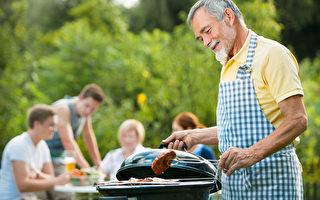 美國普通家庭收入逐減及淨資產降36%