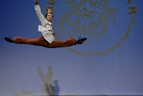 2008年第二屆新唐人全世界中國古典舞大賽少年男子組金獎李博健(戴兵/大紀元)