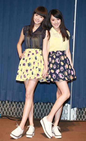 """台湾国民妹妹双人组""""Dears""""16日举办首场签唱会。(阿尔发提供)"""