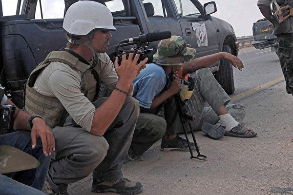 美记者遭斩首 母:为报导牺牲