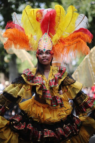 8月24日,「諾丁山狂歡節」在倫敦西區展開,諾丁山地區洋溢著歡樂氣氛。(Dan Kitwood/Getty Images)