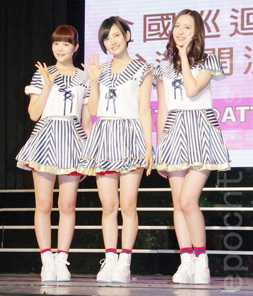 日本女子团体HKT48于8月25日在台北粉丝签名握手见面会。(黄宗茂/大纪元)