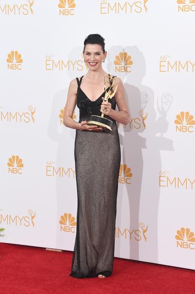 剧情类最佳女主角:《傲骨贤妻》朱莉安娜•玛格丽丝。(Jason Merritt/Getty Images)