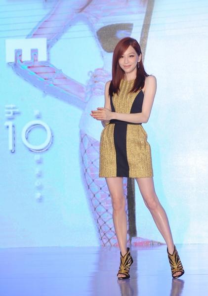 王心凌帶著新專輯來到北京舉辦一場音樂時尚派對。(環球唱片提供)