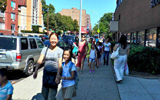 開學首日 華生家庭享受美國教育