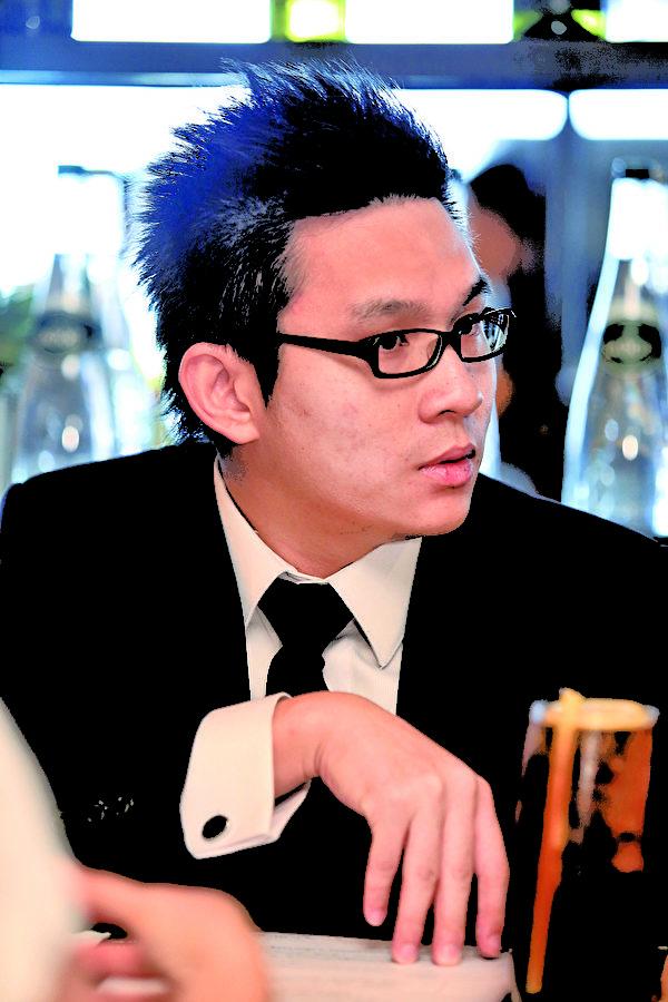 朗峰地产创办人陈顗民拥有六年金融投资保险及投资移民经验。(余钢/大纪元)