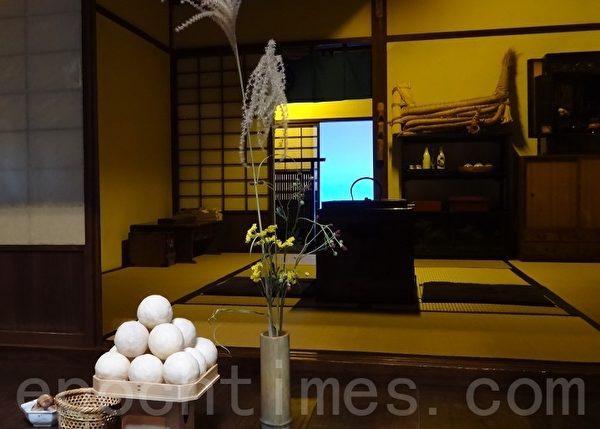 在日本江戶時代(1603年至1868年),盛行在中秋「十五夜」以及九月「十三夜」拜月謝豐收。(和和/大紀元)