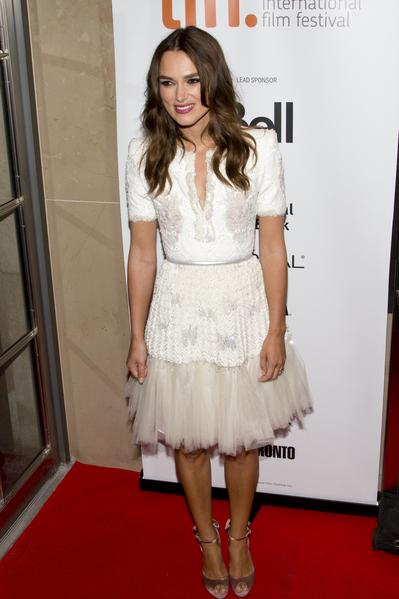人氣女星凱拉·奈特莉(Keira Knightley)於9月9日在多倫多走紅毯,為新片《模仿遊戲》(The Imitation Game)宣傳。(Evan Ning/大紀元)