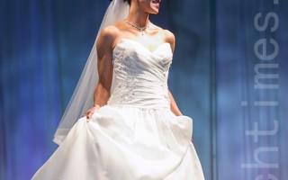 組圖: 華府婚禮展 婚紗蛋糕時裝秀齊亮相
