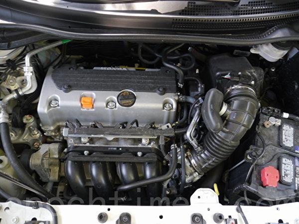2014 Honda CR-V Touring。(攝影:夏又容/大紀元)