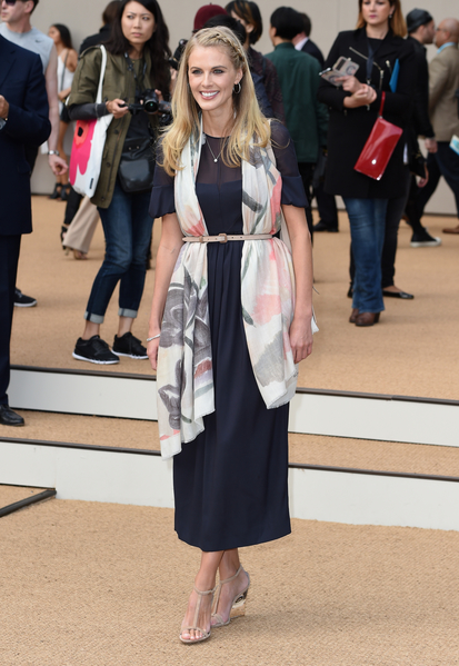 英國演員唐娜·艾爾(Donna Air)出席Burberry秀。(Gareth Cattermole/Getty Images for Burberry)