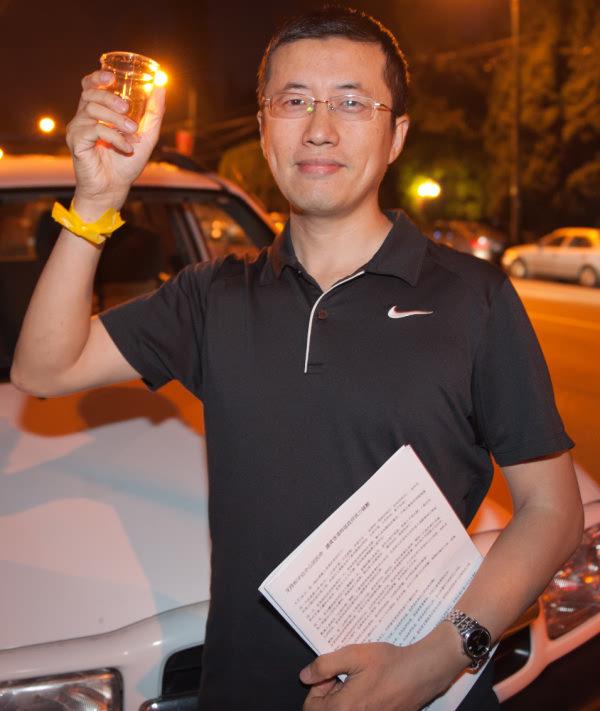 来自大陆的Eric认为中国人有责任传真相,争取民主自由。(大宇/大纪元)