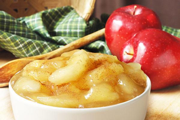 一般人家很少煮蘋果吃,但吃熟蘋果確實有獨特的養生功效。