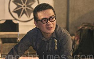 力挺雨伞运动 歌手黄耀明现身坚守金钟