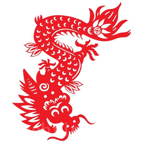 那条蛇转眼间变成了一丈多长的龙,头上的角,身上的鳞甲,光耀夺目。(mylefthand - Fotolia)