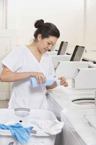 洗衣粉、洗衣液等的保质期是6个月至1年。(fotolia)
